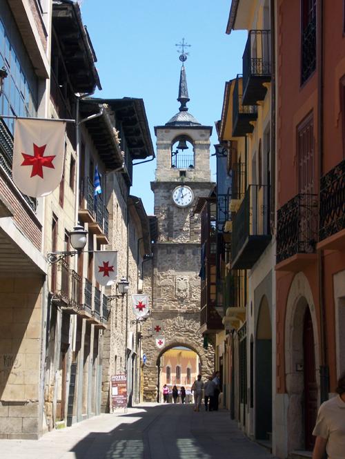 Vista_de_la_Torre_del_reloj_de_Ponferrada
