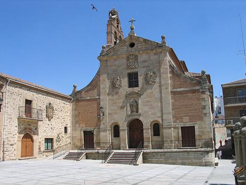 Alba_de_Tormes_Iglesia_de_San_Juan_de_la_Cruz